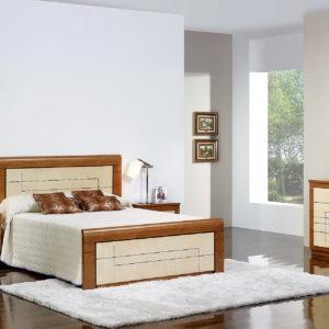 Dormitorios en MADERA MACIZA de castaño S13 by SIERRA MOBILIARIO cama 01.1 en Muebles ANTOÑÁN León