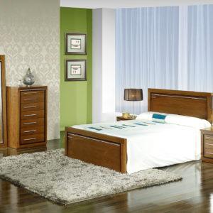 Dormitorios en MADERA MACIZA de castaño S14 by SIERRA MOBILIARIO 01.4 en Muebles ANTOÑÁN León