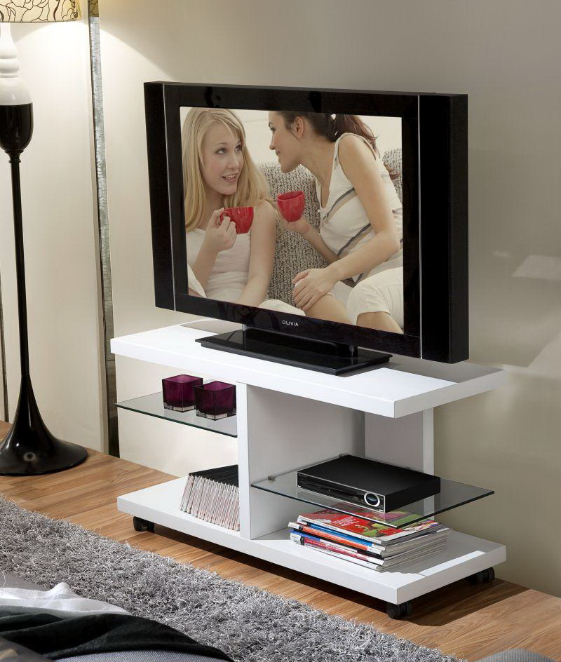 Mesas tv modernas by fae muebles anto n for Mesas de television baratas