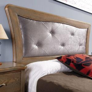 CAMA TAPIZADA Dormitorio Neoclásico modelo LEÓN en MADERA DE ROBLE by Maecu en muebles antoñán® León (03)
