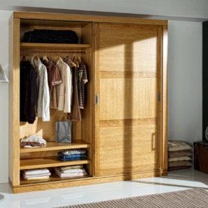 ARMARIO CORREDERAS Colonial madera ROBLE PAG107 DETALLE1 by Ecopin en muebles antoñán® León