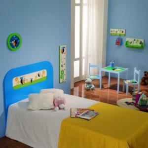 Mini Mesa y sillas infantil 2 col bee by Herdasa en muebles antoñán® León