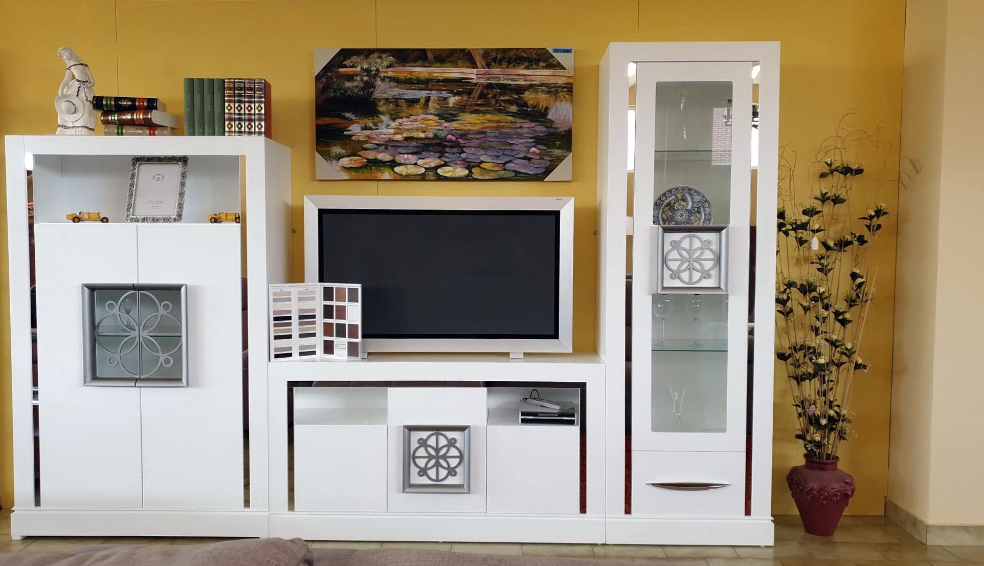 FIRST salón contemporáneo by P.Espejo -Modular FIRST ROSETA – Lacado 025-326cm venta en Muebles ANTOÑÁN León